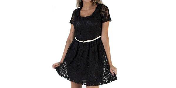Dámske čierne čipkované šaty Pepper Tree