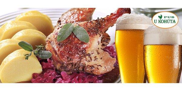 Kačacie stehno s knedľou, kapustou a pivom