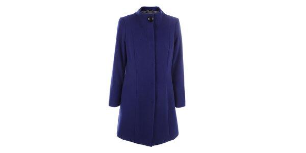 Dámsky modrý kabát so zapínaním na druky inAvati