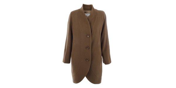 Dámsky kabát s gombíkmi vo svetlo hnedej farbe inAvati