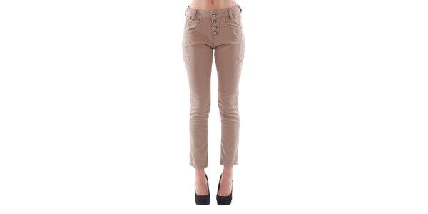 Dámske hnedé džínsy s gombíkmi Fornarina
