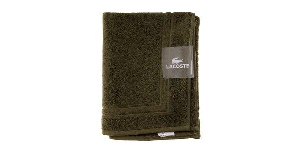 Machovo zelená kúpeľňová predložka Lacoste
