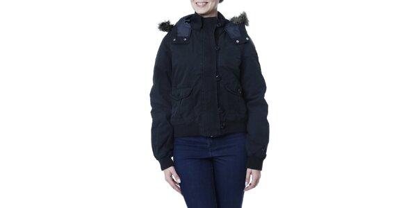 Dámska čierna bunda s kožúškom Puma