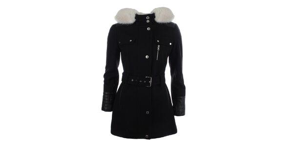 Dámsky čierny kabát s kapucňou a bielym kožúškom Halifax