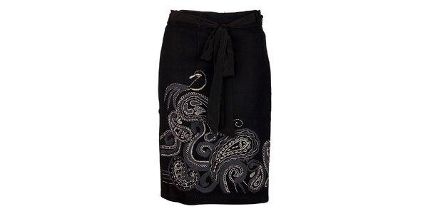 Dámska čierna vlnená sukňa Uttam Boutique s ornamentálnou výšivkou