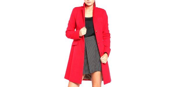Dámsky červený kabát na gombíky Vera Ravenna