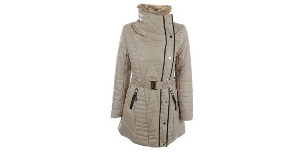 Dámsky béžový kabát s kožúškovým límcom N & P