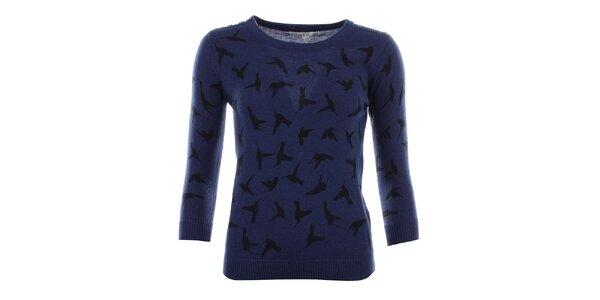 Dámsky modrý svetrík s vtáčikmi Uttam Boutique
