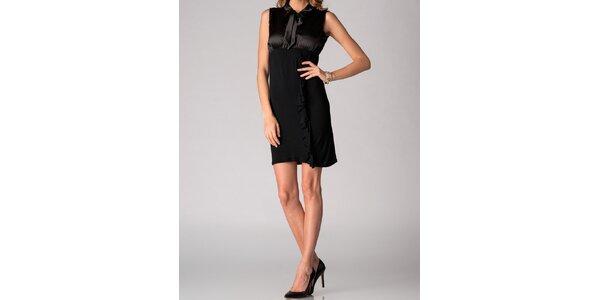 Dámske čierne šaty Soap Art s volánom a viazankou