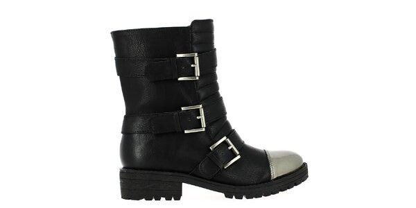 Dámske čierne členkové topánky s prackami Shoes and the City