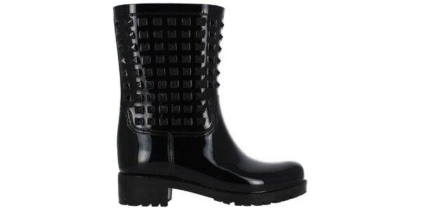 Dámske čierne nízke gumáky s pyramídkami Shoes and the City