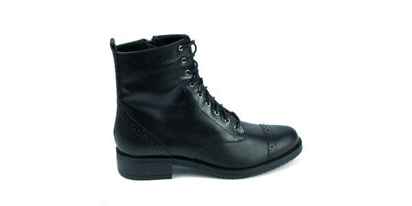 Dámske čierne kožené topánky s ozdobnou perforáciou Moda Italiana