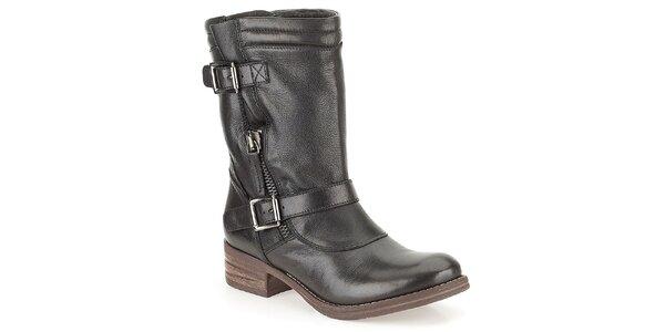 Dámske čierne kožené topánky s prackami Clarks