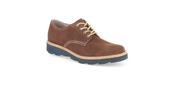Pánske hnedé semišové topánky s modrou podrážkou Clarks