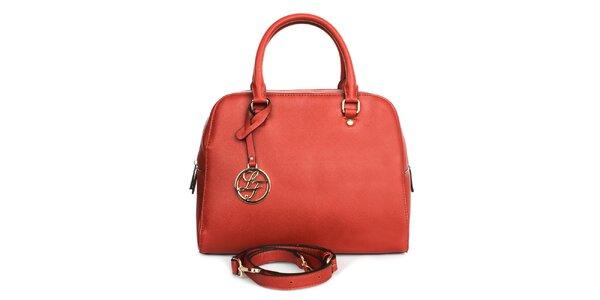 Dámska červená kabelka s príveskom London fashion