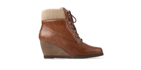 Dámske hnedé šnúrovacie topánky na kline Derhy