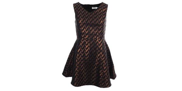Dámske čierne šaty so zlatým metalickým vzorom Madam Rage