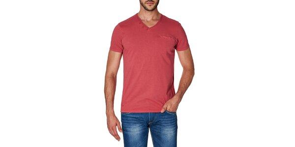 Pánske červené tričko s véčkovým výstrihom Paul Stragas