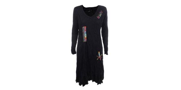 Dámske čierne krčené šaty s farebnými výšivkami Dislay DY Design