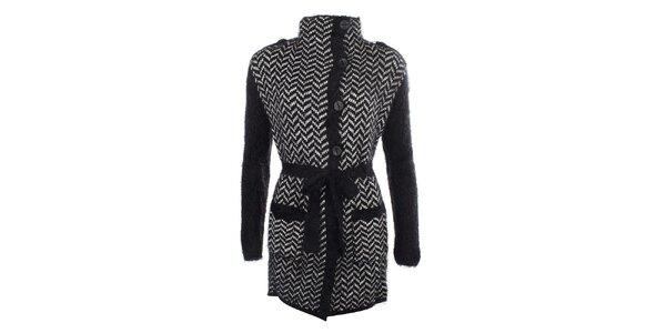 Dámsky čierny vzorovaný sveter s gombíkmi a zaväzovaním v páse MISS @ MAX