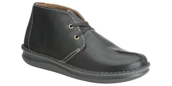 Pánske čierne kotníkové topánky Clarks