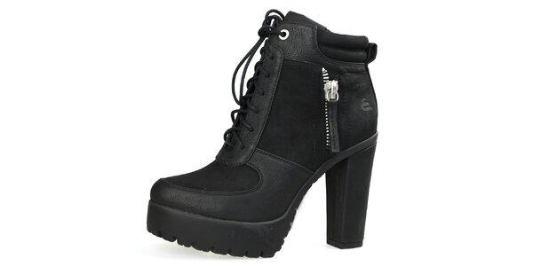 Dámske čierne šnúrovacie topánky na vysokom opätku Bullboxer