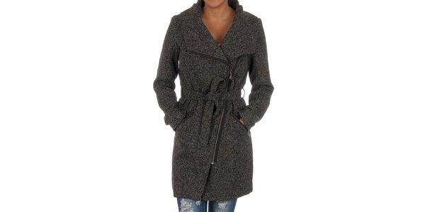 Dámsky čierny žíhaný kabát s opaskom Vila Clothes