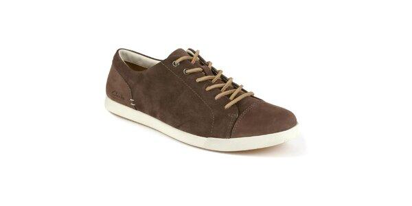 Pánske hnedé šnurovacie topánky s koženou šnúrkou Clarks