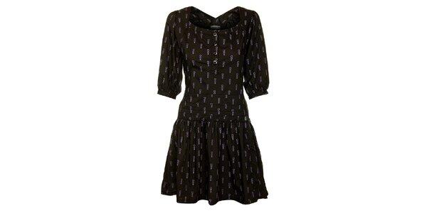 Dámske čierne šaty Freesoul s fialovou potlačou