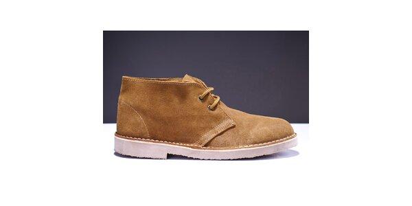Pánske svetlo hnedé členkové topánky Roamers