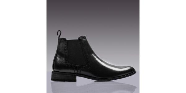 Pánske čierne lakované chelsea topánky ROUTE21
