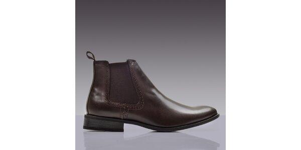 Pánske hnedé lakované chelsea topánky ROUTE21