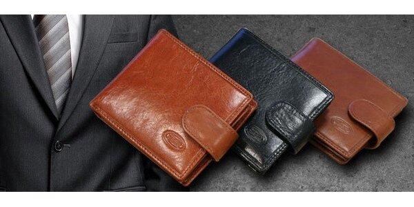 Pánske peňaženky z pravej kože s dostatkom priehradiek a vkusným dizajnom