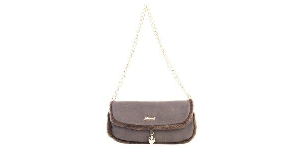 Dámska hnedá podlhovastá kabelka so srdiečkovým príveskom Phard