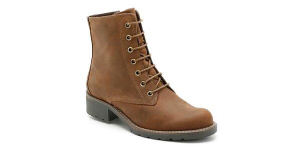 Dámske hnedé členkové topánky na zips Clarks