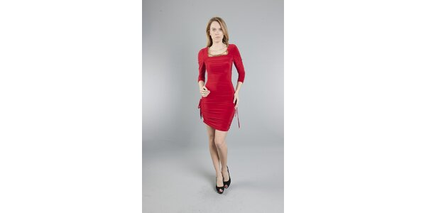 Dámske červené šaty Via Bellucci so zlatými korálkami