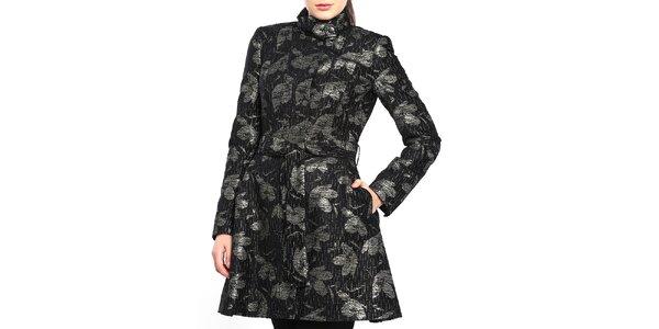 Dámsky čierny kabát so striebornými lístkami Vera Ravenna