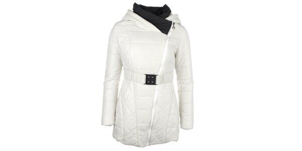 Dámsky biely kabátik so šikmým zipsom Fly Moda
