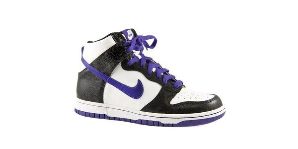 Dámske čierno-biele kotníkové tenisky Nike s fialovými detailami