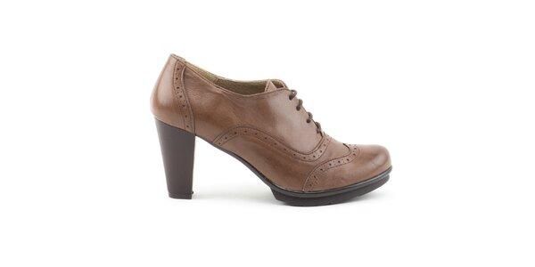Dámske hnedé kožené topánky na opätku Daneris