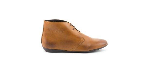Dámske svetlo hnedé členkové topánky so šnúrkou Daneris
