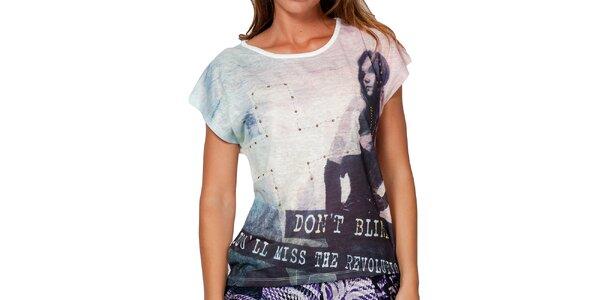 Dámske tričko s potlačou a cvočkami Peace&Love
