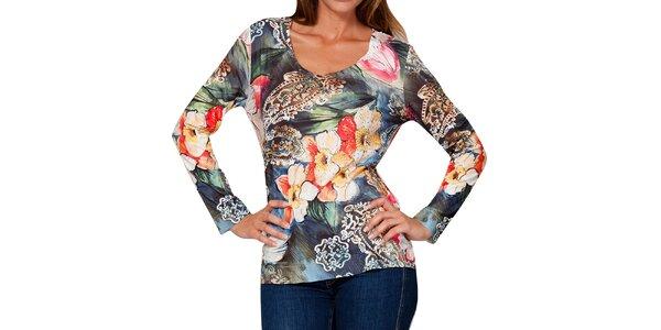 Dámske tričko s farebným kvetinovým vzorom a kamienkami Peace&Love