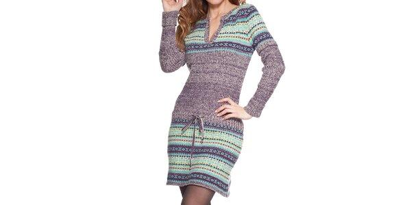 Dámske pletené šaty so vzorom Peace&Love