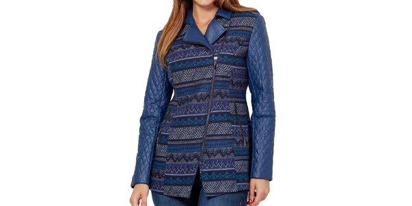 Dámska modrá vzorovaná bunda s prešívanými rukávmi Peace&Love