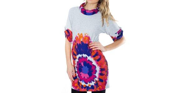Dámske šaty s oranžovo-modro-ružovou potlačou First