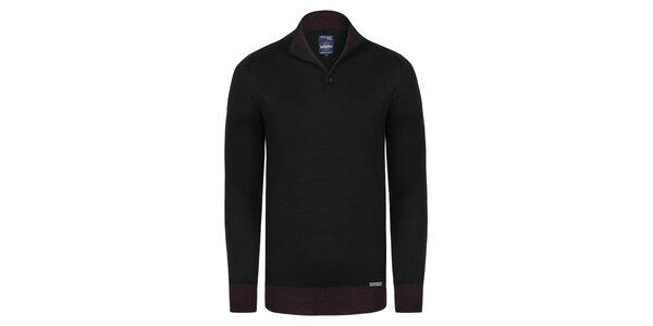 Pánsky čierny sveter s vínovým pruhom Giorgio Di Mare