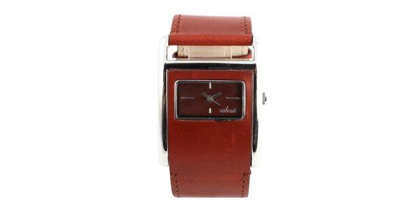 Dámske hranaté hodinky s tmavo červeným koženým remienkom Axcent