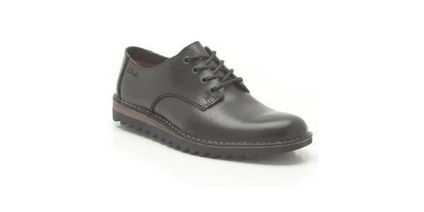 Pánske čierne zaväzovacie topánky Clarks