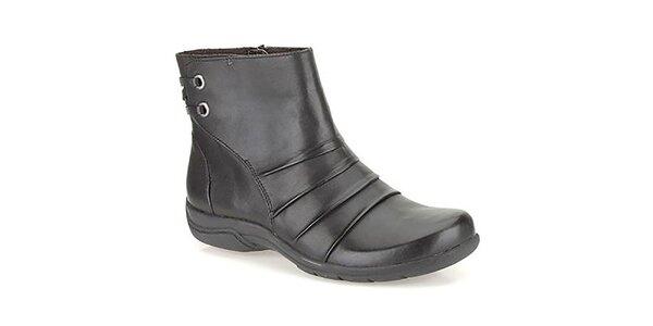 Dámske členkové topánky v čiernej farbe Clarks